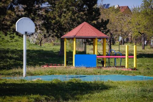 009 - skolka zahrada